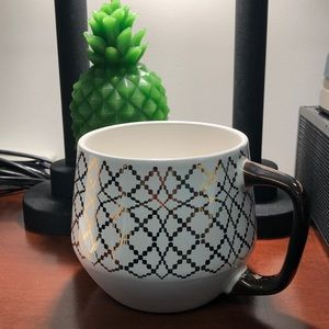 🍬3 for $15🍬cream and gold bended geometric mug